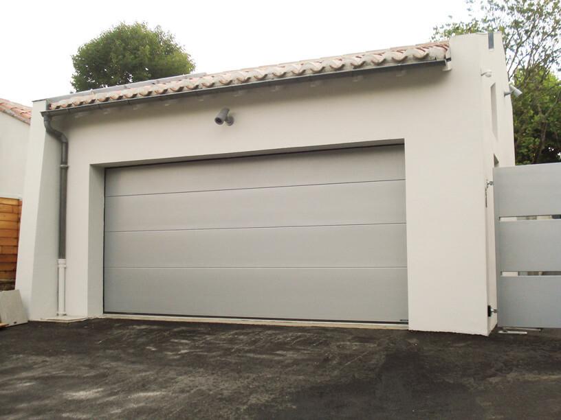 Devis en ligne porte de garage sectionnelle sur mesure for Porte de garage a la francaise sur mesure