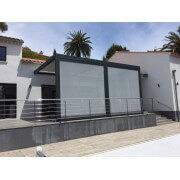 Pergola bioclimatique manuelle avec stores en façade gris dickson