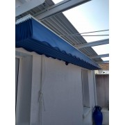 Pergola toile rétractable manuelle entre 2 murs sur cable