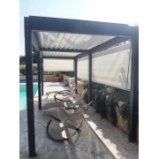 pergola bioclimatique autoportée bord piscine
