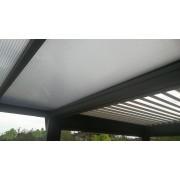 jumelage pergola toit polycarbonate avec bioclimatique