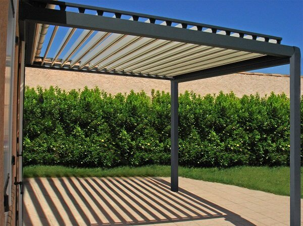pergola bioclimatique pas cher pergola lames brise soleil pas cher. Black Bedroom Furniture Sets. Home Design Ideas